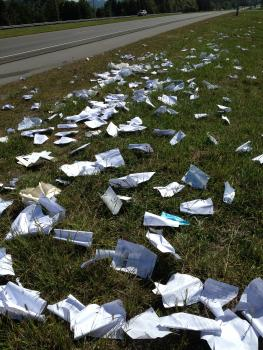 Litter from a truck load